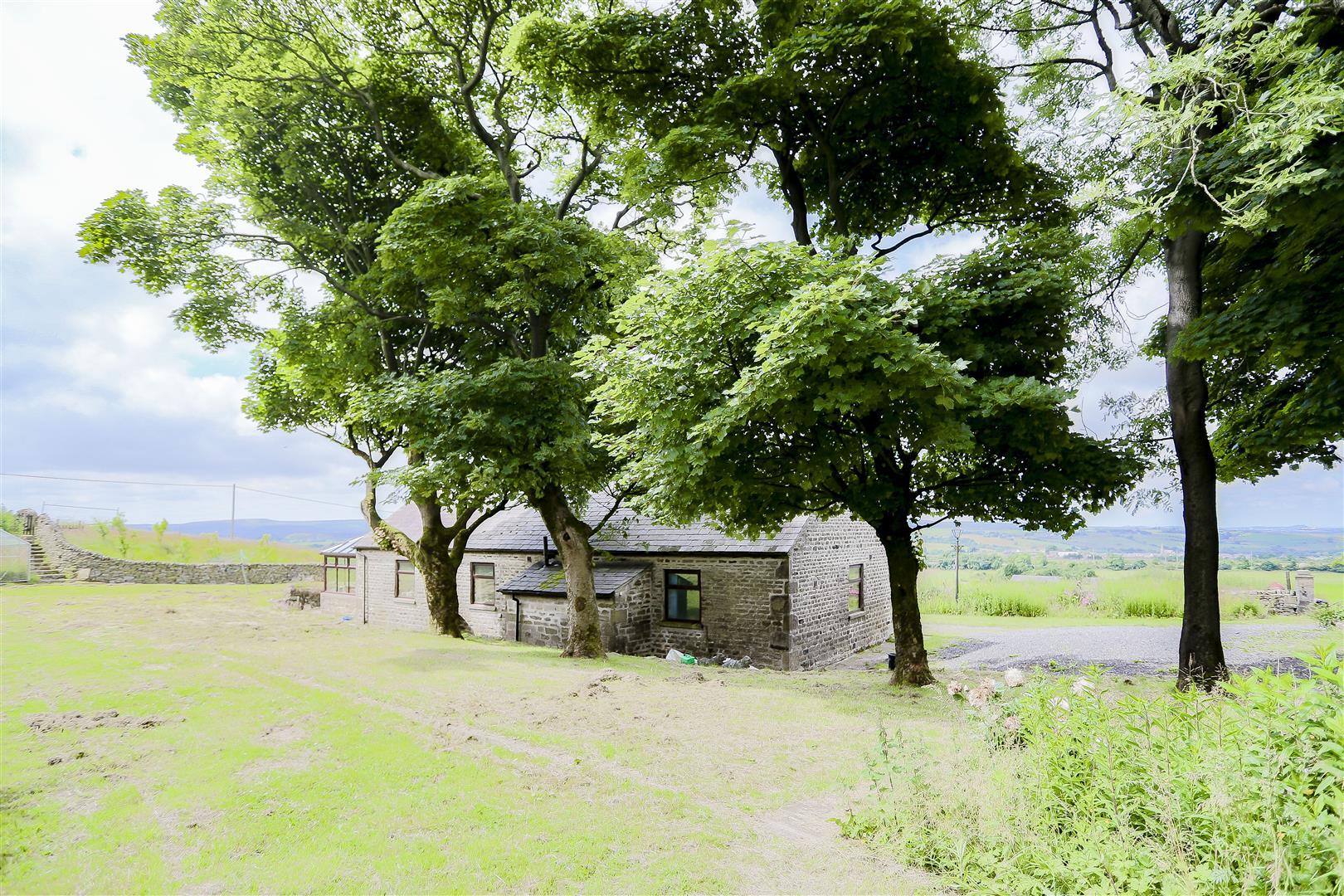 2 Bedroom Barn Conversion For Sale - IMG_2428.jpg